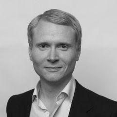 Lars B.