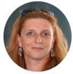 Sandra Leonie R.