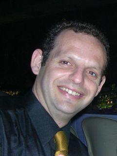Yaron R.