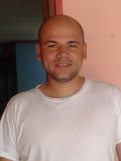 Jose Vargas R