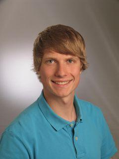 Steffen G.