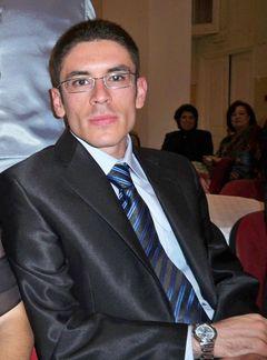 Anas R.