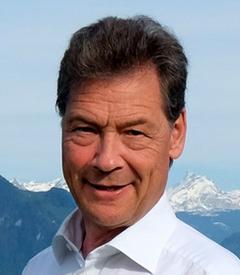 Claudio W.