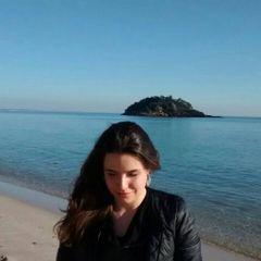 Andreia R.