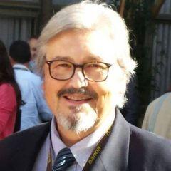 Esteban R.
