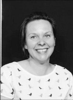 Laura van den O.