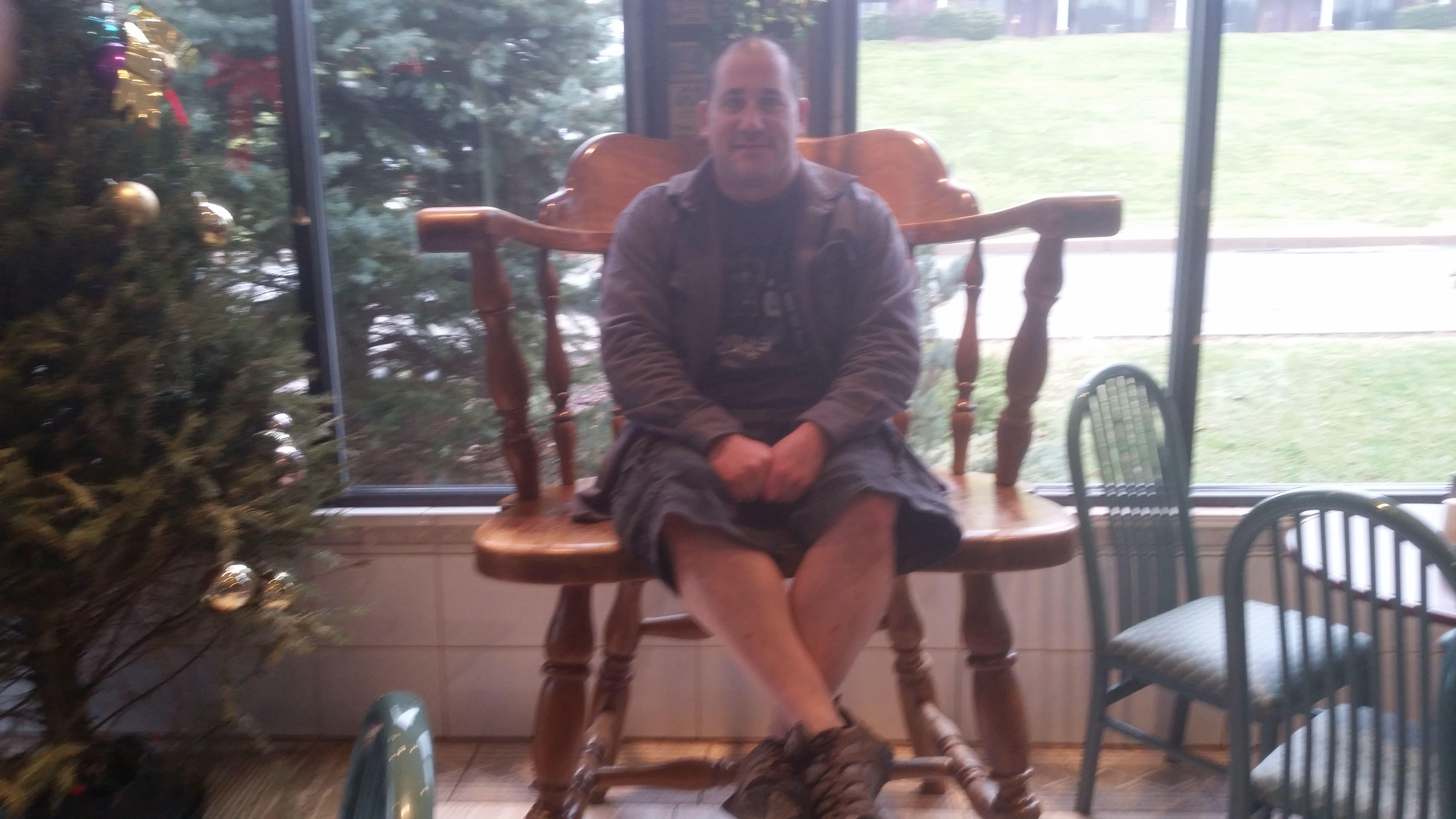 meet south plymouth singles Hi, looking to meet people in the plymouth area i have been in plymouth for about five years and due to social anxiety i haven't tried making friends, and want to change that.