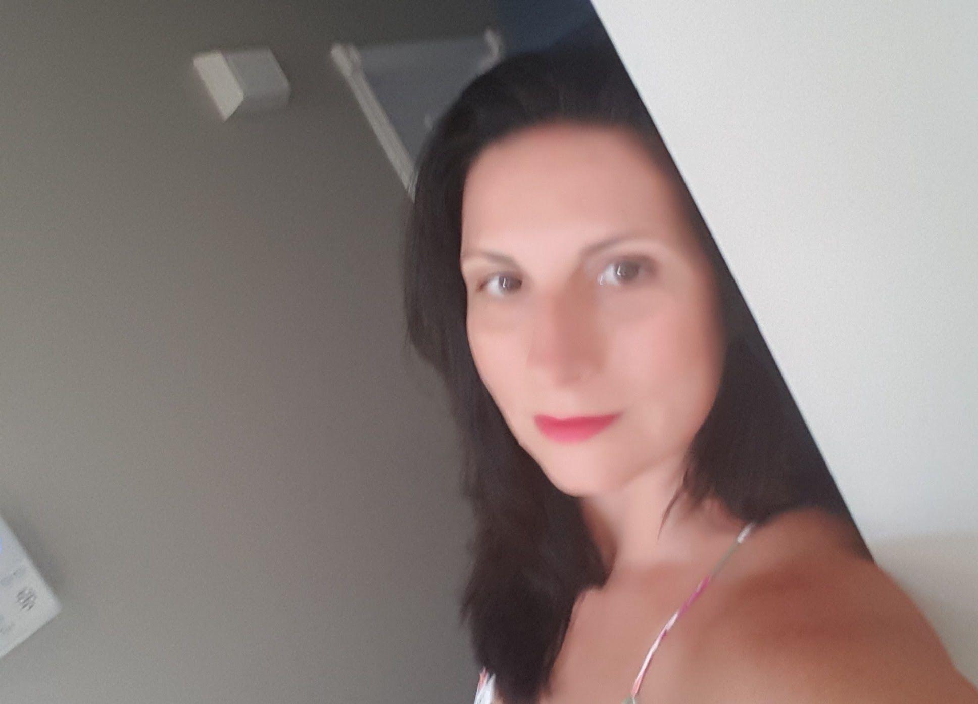 meet cambridge singles Online dating in cambridge is the best way to meet new people in cambridge urbansocial specialises in cambridge dating with over 2 million active single members looking for love online.