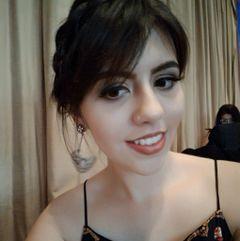 Ana Laura C.